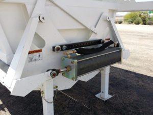 2017 Xl Specialized Belly Dump Trailer Capacity 25 Cu Yd