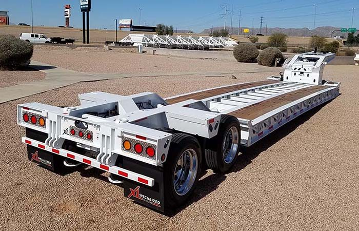 xl specialized 40 ton lowboy